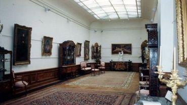 Musée Charlier, salle de réception (photo 1993-1995).