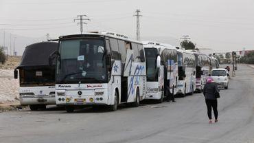 Syrie: l'ultime poche rebelle près de Damas dans l'attente de nouvelles évacuations