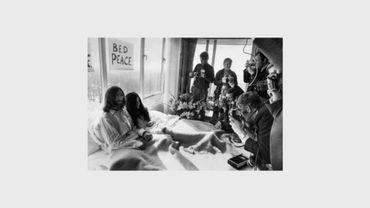 USA: une photo des lunettes ensanglantées de John Lennon, contre les armes