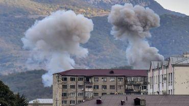 Conflit au Haut-Karabakh: la capitale séparatiste à nouveau touchée par des bombardements