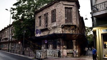 Un immeuble néoclassique abandonné à AThènes, le 31 juillet 2017