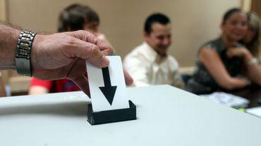 Faut-il remettre en cause la parité sur les listes électorales ?