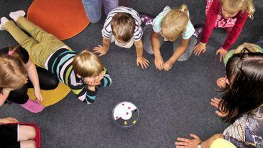 L'école est l'espace commun de transmission, indépendamment des différences familiales