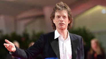 "Dans ""The Burnt Orange Heresy"", Mick Jagger campera un vendeur d'art maléfique."