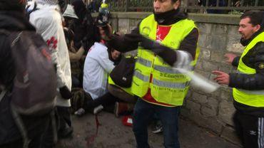 Gilets jaunes - Enquête ouverte sur la main arrachée d'un manifestant à Paris