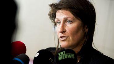 Jacqueline Galant assure notamment ne pas avoir eu connaissance des rapports de la Commission européenne.