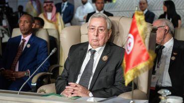 Le président par intérim apparaît comme un pur produit du régime