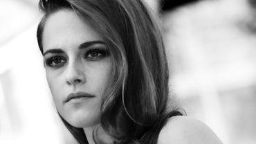 """Comme Marion Cotillard, Kristen Stewart aura une double actualité à Cannes. A l'affiche du film d'ouverture de Woody Allen, elle soutiendra Olivier Assayas, en compétition pour """"Personel Shopper"""""""