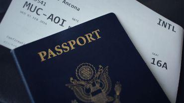 """Demande de visa aux USA: les visiteurs devront bientôt fournir leurs réseaux sociaux pour """"garantir la sécurité intérieure"""""""
