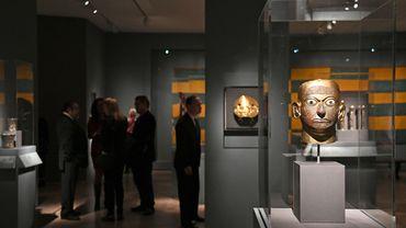 Du Pérou au Mexique, sur plus de 2.500 ans, le Metropolitan Museum de New York propose, à partir de mercredi, une exposition sur la vision précolombienne du luxe, avec l'or en invité d'honneur.