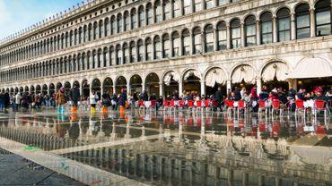 Les Procuratie Vecchie de la place Saint-Marc de Venise