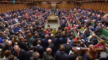 Si ces amendements sont votés et validés par le parlement, Theresa May présentera ces propositions aux Européens.