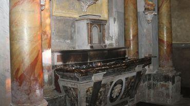 L'autel d'une chapelle de la cathédrale de Laveur, dans le Tarn, a été incendié le 6 février dernier.