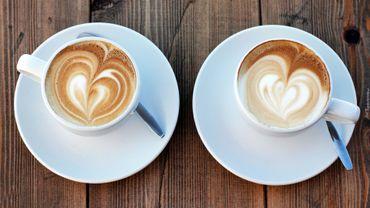 La Presque star : Brigitte Bureau, pour les cafés sexo