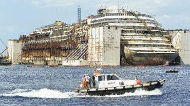 Le Concordia le 22 juillet 2014 devant l'île du Giglio