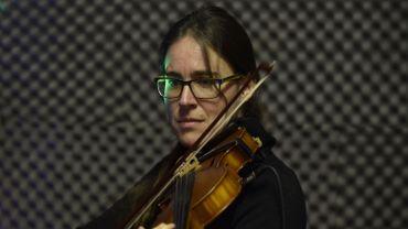 """""""Ma première passion, avant la politique, c'est la musique"""", nous a confié Sarah Turine qui prépare un concert à Namur avec son ancien groupe """"La Vierge du Chancelier Rolin"""""""