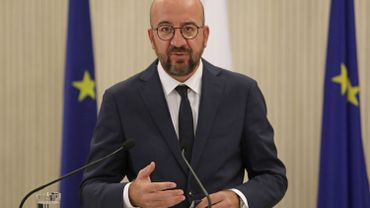 Les Suisses votent pour rester dans une libre circulation européenne : l'UE se réjouit
