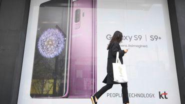 Une publicié pour le nouveau smartphone Samsung Galaxy S9, le 6 avril 2018 à Séoul