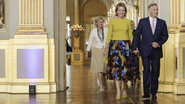 La Liste Civile du Roi et les dotations de trois membres de la famille royale, Albert, Astrid et Laurent, représenteront 13 605 000 euros en 2018. Il s'agit de 266 000 de plus qu'en 2017, une augmentation imputable à l'indexation.La Liste Civile du Roi et les dotations de trois membres de la famille royale, Albert, Astrid et Laurent, représenteront 13 605 000 euros en 2018. Il s'agit de 266 000 de plus qu'en 2017, une augmentation imputable à l'indexation.
