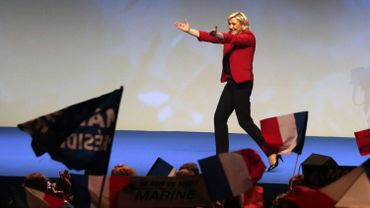 Marine Le Pen en grand meeting au Zénith à Paris