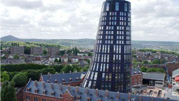 Charleroi : infiltrations d'eau au commissariat flambant neuf.