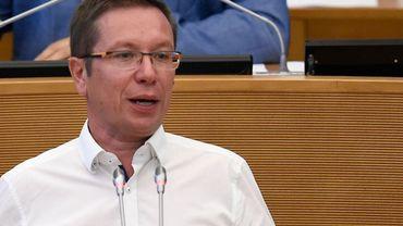 Coronavirus en Belgique: la prime aux soignants proposée par le cdH recalée en commission du parlement wallon