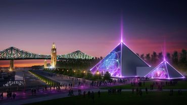 Ces deux pyramides, baptisées PY1, sont la nouvelle création de Guy Laliberté, le fondateur du Cirque du Soleil qui, après avoir vendu en 2015 sa compagnie à des investisseurs chinois et américains, a fondé une nouvelle entreprise : Lune Rouge.