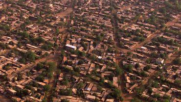 vue aérienne prise le 08 janvier 2000 d'un quartier de Bamako