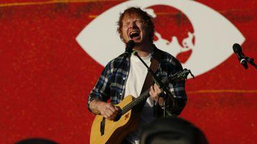 Ed Sheeran a indiqué qu'il prendrait une décision sur d'autres annulations éventuelles en fonction de l'évolution de son état de santé.