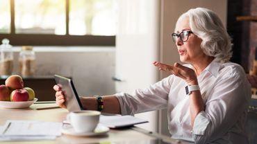 Les appels vidéo pour lutter contre la dépression chez les seniors?