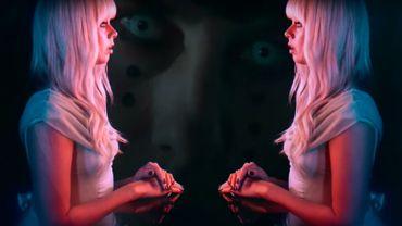 """""""Blue Girl"""", le nouveau clip de Chromatics."""