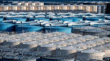 Des cuves de stockage d'eau contaminée à la centrale de Fukushima, le 21 février 2021