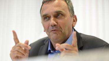 Benoît Cerexhe a été interpellé sur les éventuels manquements quant à la vérification des formations subsidiées