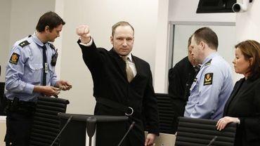 Anders Behring Breivik à son arrivée au procès ce lundi