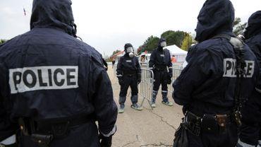 Illustration - Le conducteur de la voiture folle de Nîmes inculpé pour tentatives de meurtres