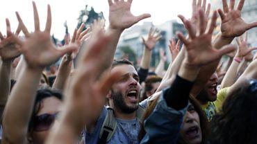 Grèce: sur la place Syntagma, le 29 avril, les Indignés manifestaient pour la 5ème journée consécutive