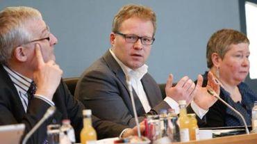 Philippe Henry (Ecolo) l'affirme; le plan wallon air-climat-énergie sera adopté en 2014 encore