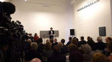 Le Premier ministre belge Elio Di Rupo s'adresse à l'assistance lors de la cérémonie de réouverture du musée juif de Bruxelles, le 14 septembre 2014