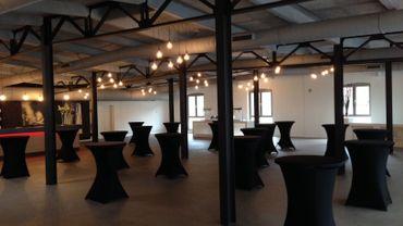Une des salles rénovées de l'ancienne papeterie, désormais business & event center.