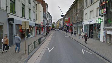 La chaussée d'Ixelles ne deviendra pas 100% piétonne : les autorités communales ont fait volte-face.