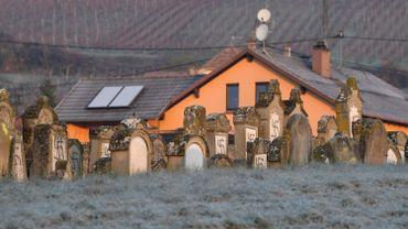France: après la profanation d'un cimetière juif, le gouvernement annonce des mesures