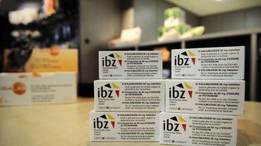 Les comprimés d'iode, toujours pas disponibles partout en Belgique: Wouter en envoie à ses amis