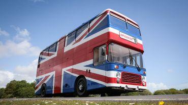 Airbnb met en location le bus des Spice Girls