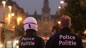 Un policier soupçonné d'avoir transmis des informations à un suspect des attentats de Paris