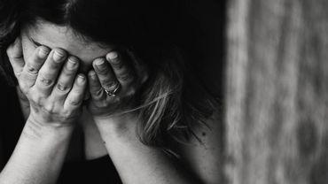 """""""Débarrassez-vous des relations toxiques"""" – Le livre de Julie Arcoulin"""