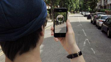 Traces est la première application de messagerie immersive du monde.