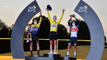 """Tadej Pogacar : """"C'est vraiment fou d'être le vainqueur du Tour de France"""""""