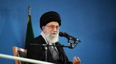 Photo fournie par le website officiel iranien de l'ayatollah Ali Khamenei lors d'une le 17 février 2014 à Téhéran