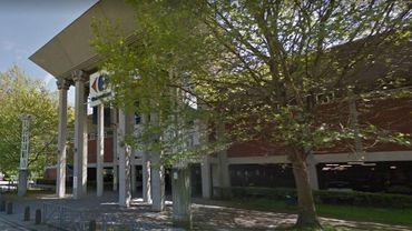 """Dans les négociations """"nationales"""" de la restructuration de l'enseigne Carrefour, le siège de Belle-Île s'en sort plutôt bien"""