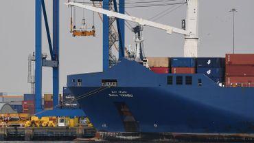 Le navire saoudien Bahri Yanbu parti d'Anvers, ici au port de Tillbury en Grande Bretagne